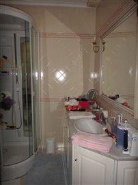 Image 22 of 27 : 4 Bedroom Villa Ref: AV2066