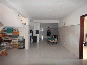 Image 23 of 27 : 4 Bedroom Villa Ref: AV2066