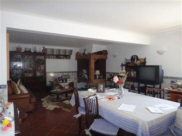 Image 25 of 27 : 4 Bedroom Villa Ref: AV2066