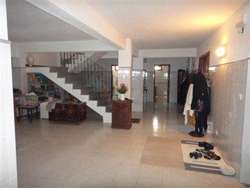 Image 27 of 27 : 4 Bedroom Villa Ref: AV2066