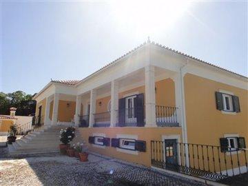 Image 9 of 27 : 4 Bedroom Villa Ref: AV2066