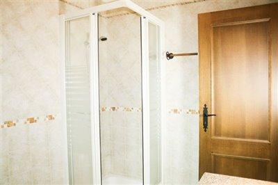 Image 13 of 29 : 4 Bedroom Villa Ref: AV2092