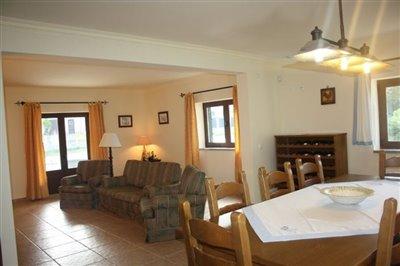 Image 2 of 29 : 4 Bedroom Villa Ref: AV2092