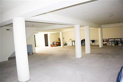 Image 21 of 29 : 4 Bedroom Villa Ref: AV2092