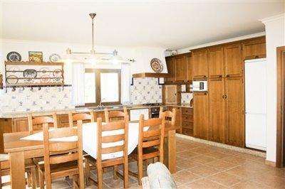 Image 3 of 29 : 4 Bedroom Villa Ref: AV2092