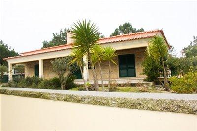 Image 5 of 29 : 4 Bedroom Villa Ref: AV2092