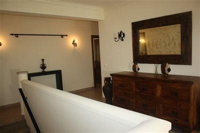 Image 7 of 29 : 4 Bedroom Villa Ref: AV2092