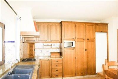 Image 9 of 29 : 4 Bedroom Villa Ref: AV2092