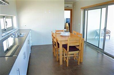 Image 17 of 36 : 3 Bedroom Villa Ref: AV2101