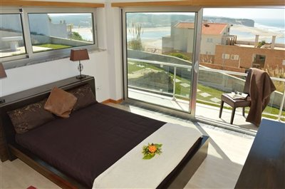 Image 2 of 36 : 3 Bedroom Villa Ref: AV2101