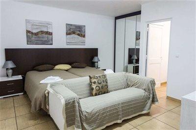 Image 13 of 19 : 5 Bedroom House Ref: ASV144