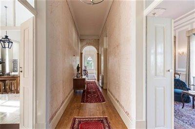 Image 20 of 54 : 12 Bedroom House Ref: ASV163