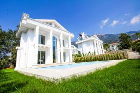 Image No.3-Villa / Détaché de 4 chambres à vendre à Ovacik