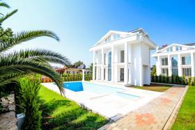 Image No.7-Villa / Détaché de 4 chambres à vendre à Ovacik
