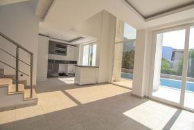 Image No.38-Villa / Détaché de 4 chambres à vendre à Ovacik