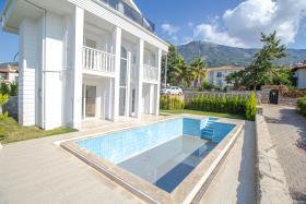 Image No.40-Villa / Détaché de 4 chambres à vendre à Ovacik