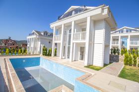 Image No.41-Villa / Détaché de 4 chambres à vendre à Ovacik