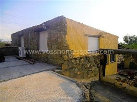 Image No.8-3 Bed Commercial for sale