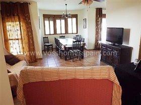 Image No.5-Villa de 4 chambres à vendre à Huercal-Overa
