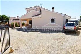Image No.0-Villa de 4 chambres à vendre à Zurgena