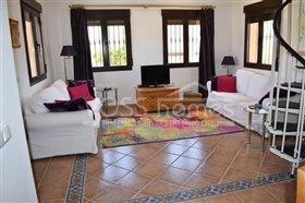 Image No.8-Villa de 4 chambres à vendre à Zurgena