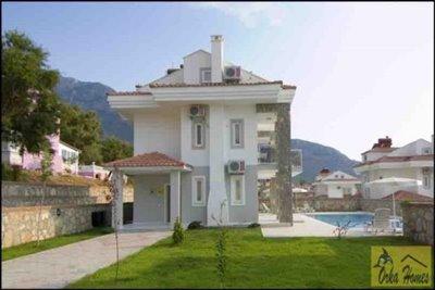 7 Golden Heights Villa