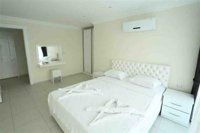 Royal Hills Apartment-14