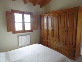 Image No.23-3 Bed Villa / Detached for sale