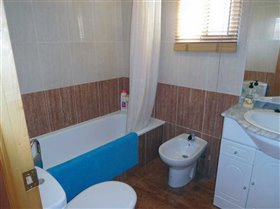 Image No.9-Maison de 4 chambres à vendre à Calasparra