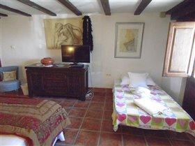 Image No.28-Villa de 6 chambres à vendre à Velez-Rubio