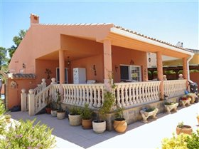 Image No.0-Villa de 3 chambres à vendre à Calasparra