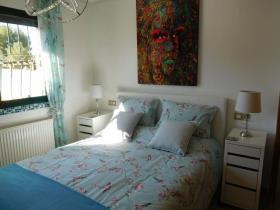 Image No.18-2 Bed Villa / Detached for sale