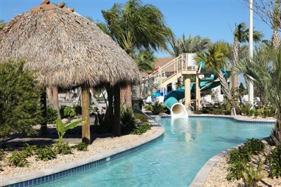 Oasis-Lazy-River-5