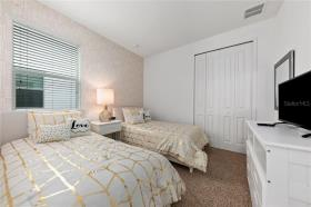 Image No.23-10 Bed House for sale