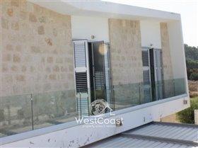 Image No.1-Villa de 5 chambres à vendre à Chloraka