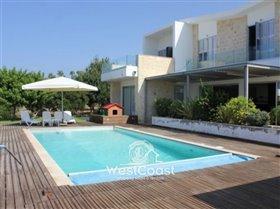 Image No.2-Villa de 5 chambres à vendre à Chloraka
