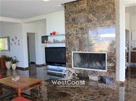 Image No.3-Villa de 5 chambres à vendre à Chloraka