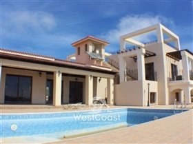 Image No.0-Villa de 5 chambres à vendre à Kathikas