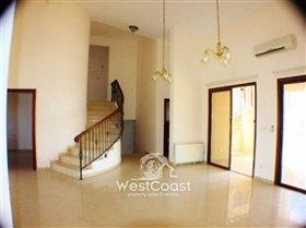 Image No.2-Villa de 5 chambres à vendre à Kathikas