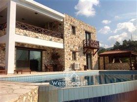 Image No.0-3 Bed Villa for sale