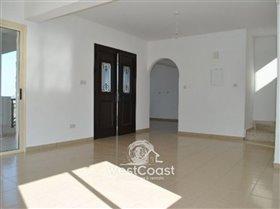 Image No.7-Villa de 3 chambres à vendre à Tsada