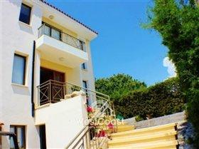 Image No.9-Villa de 3 chambres à vendre à Emba
