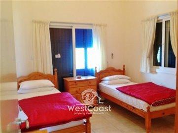 15660-lovely-3-bedroom-villa-neo-chorio-polis