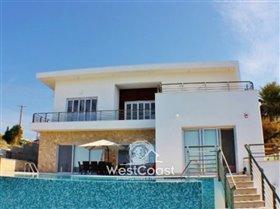Image No.0-Villa de 5 chambres à vendre à Mesa Chorion