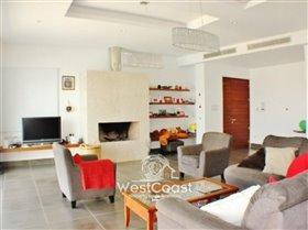 Image No.1-Villa de 5 chambres à vendre à Mesa Chorion