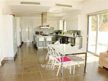 63824-luxury-5-bedroom-villa-mesa-chorio-paph