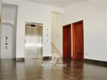 63827-luxury-5-bedroom-villa-mesa-chorio-paph