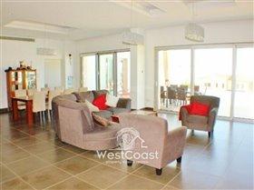 Image No.6-Villa de 5 chambres à vendre à Mesa Chorion