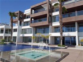 Image No.0-Appartement de 2 chambres à vendre à Kato Paphos
