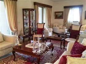 Image No.2-Villa de 4 chambres à vendre à Konia